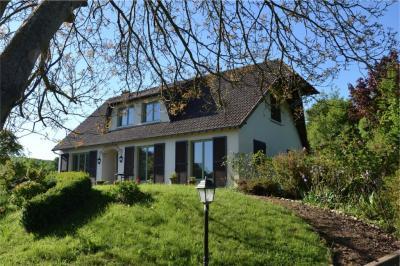 Maison Honfleur &bull; <span class='offer-area-number'>160</span> m² environ &bull; <span class='offer-rooms-number'>7</span> pièces