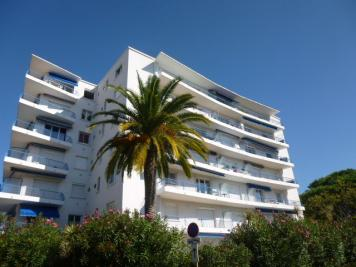 Appartement St Raphael &bull; <span class='offer-area-number'>63</span> m² environ &bull; <span class='offer-rooms-number'>3</span> pièces