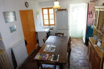 Maison Le Saix &bull; <span class='offer-area-number'>52</span> m² environ &bull; <span class='offer-rooms-number'>3</span> pièces