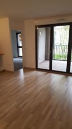 Appartement Ris Orangis &bull; <span class='offer-area-number'>42</span> m² environ &bull; <span class='offer-rooms-number'>2</span> pièces