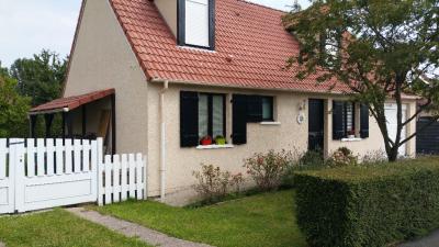 Maison Cappelle en Pevele &bull; <span class='offer-area-number'>92</span> m² environ