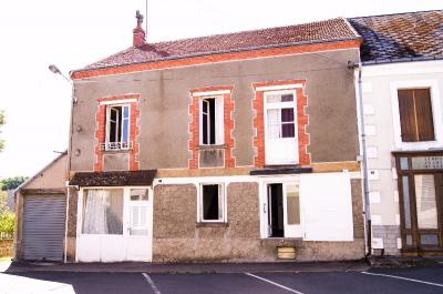 Maison St Saturnin &bull; <span class='offer-area-number'>270</span> m² environ &bull; <span class='offer-rooms-number'>13</span> pièces