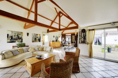 Maison Tours en Vimeu &bull; <span class='offer-area-number'>150</span> m² environ &bull; <span class='offer-rooms-number'>6</span> pièces
