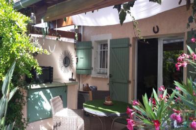 Maison Mougins &bull; <span class='offer-area-number'>39</span> m² environ &bull; <span class='offer-rooms-number'>3</span> pièces