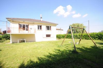 Maison Craponne &bull; <span class='offer-area-number'>100</span> m² environ &bull; <span class='offer-rooms-number'>5</span> pièces