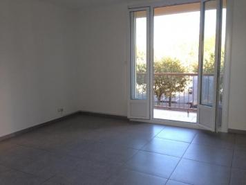 Appartement Marignane &bull; <span class='offer-area-number'>59</span> m² environ &bull; <span class='offer-rooms-number'>3</span> pièces