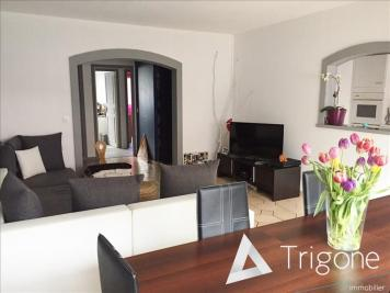 Appartement Armentieres &bull; <span class='offer-area-number'>77</span> m² environ &bull; <span class='offer-rooms-number'>3</span> pièces