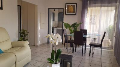 Appartement Orange &bull; <span class='offer-area-number'>46</span> m² environ &bull; <span class='offer-rooms-number'>2</span> pièces