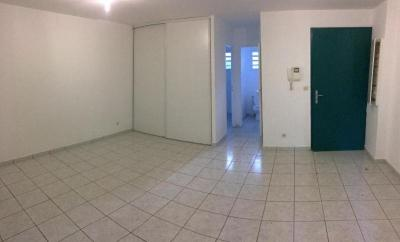 Appartement La Montagne &bull; <span class='offer-area-number'>36</span> m² environ &bull; <span class='offer-rooms-number'>1</span> pièce