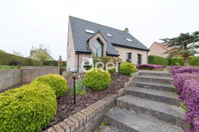 Maison Blaringhem &bull; <span class='offer-area-number'>150</span> m² environ &bull; <span class='offer-rooms-number'>7</span> pièces