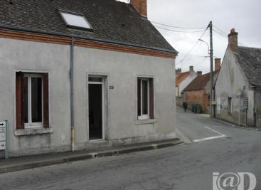 Maison Dhuizon &bull; <span class='offer-area-number'>65</span> m² environ &bull; <span class='offer-rooms-number'>3</span> pièces