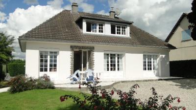 Maison St Gilles &bull; <span class='offer-area-number'>123</span> m² environ &bull; <span class='offer-rooms-number'>6</span> pièces