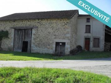 Maison Oradour sur Glane &bull; <span class='offer-area-number'>176</span> m² environ &bull; <span class='offer-rooms-number'>1</span> pièce