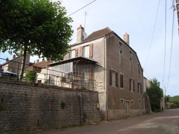 Maison St Sernin du Plain &bull; <span class='offer-area-number'>101</span> m² environ &bull; <span class='offer-rooms-number'>6</span> pièces