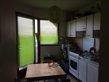 Appartement La Roche sur Foron &bull; <span class='offer-area-number'>50</span> m² environ &bull; <span class='offer-rooms-number'>2</span> pièces