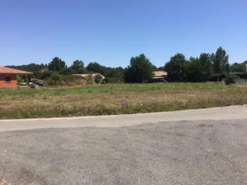 Terrain Salles sur Garonne &bull; <span class='offer-area-number'>2 259</span> m² environ