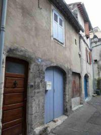 Maison Bourg St Andeol &bull; <span class='offer-area-number'>39</span> m² environ &bull; <span class='offer-rooms-number'>2</span> pièces