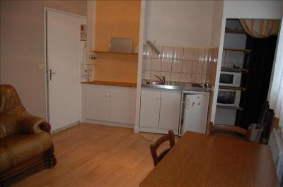 Appartement Le Poinconnet &bull; <span class='offer-area-number'>38</span> m² environ &bull; <span class='offer-rooms-number'>2</span> pièces