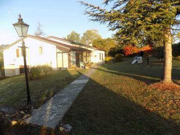 Maison Le Puy &bull; <span class='offer-area-number'>116</span> m² environ &bull; <span class='offer-rooms-number'>4</span> pièces