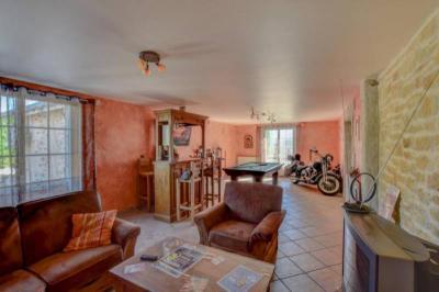 Maison Primarette &bull; <span class='offer-area-number'>190</span> m² environ &bull; <span class='offer-rooms-number'>7</span> pièces