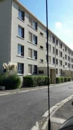 Appartement Gonesse &bull; <span class='offer-area-number'>62</span> m² environ &bull; <span class='offer-rooms-number'>3</span> pièces