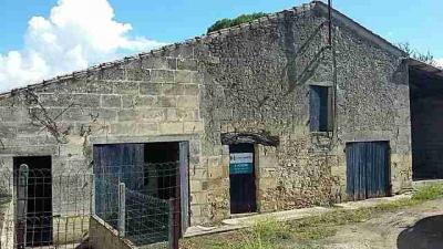 Autre St Jean de Blaignac &bull; <span class='offer-area-number'>70</span> m² environ &bull; <span class='offer-rooms-number'>1</span> pièce