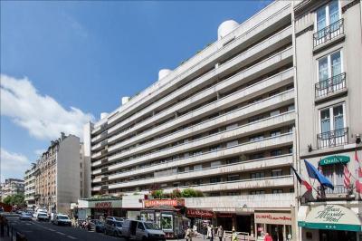 Appartement Paris 15 &bull; <span class='offer-area-number'>22</span> m² environ &bull; <span class='offer-rooms-number'>1</span> pièce