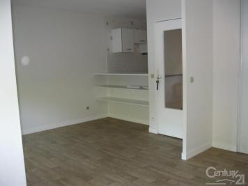 Appartement Poissy &bull; <span class='offer-area-number'>35</span> m² environ &bull; <span class='offer-rooms-number'>2</span> pièces