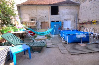 Maison Flins sur Seine &bull; <span class='offer-area-number'>180</span> m² environ &bull; <span class='offer-rooms-number'>5</span> pièces