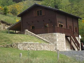 Chalet Le Chambon &bull; <span class='offer-area-number'>133</span> m² environ &bull; <span class='offer-rooms-number'>8</span> pièces