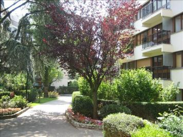 Appartement Le Chesnay &bull; <span class='offer-area-number'>26</span> m² environ &bull; <span class='offer-rooms-number'>1</span> pièce