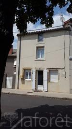Maison Airvault &bull; <span class='offer-area-number'>36</span> m² environ &bull; <span class='offer-rooms-number'>1</span> pièce