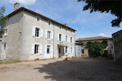 Maison Celles sur Belle &bull; <span class='offer-area-number'>157</span> m² environ &bull; <span class='offer-rooms-number'>5</span> pièces