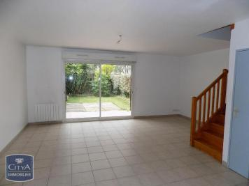Villa Antibes &bull; <span class='offer-area-number'>83</span> m² environ &bull; <span class='offer-rooms-number'>4</span> pièces