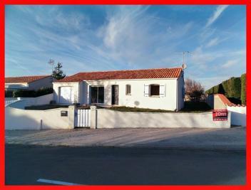 Maison St Hilaire la Foret &bull; <span class='offer-area-number'>87</span> m² environ &bull; <span class='offer-rooms-number'>4</span> pièces
