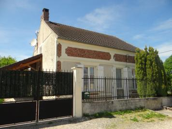 Maison Fontenailles &bull; <span class='offer-area-number'>110</span> m² environ &bull; <span class='offer-rooms-number'>3</span> pièces