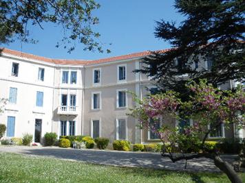 Appartement La Seyne sur Mer &bull; <span class='offer-area-number'>55</span> m² environ &bull; <span class='offer-rooms-number'>3</span> pièces