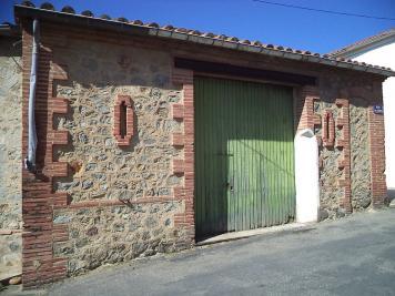 Maison Tresserre &bull; <span class='offer-area-number'>110</span> m² environ &bull; <span class='offer-rooms-number'>1</span> pièce