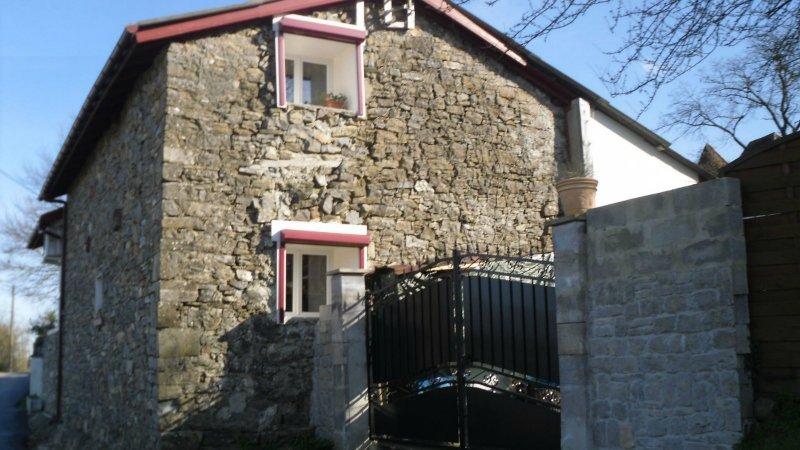 Maison  130 m² environ  4 pièces