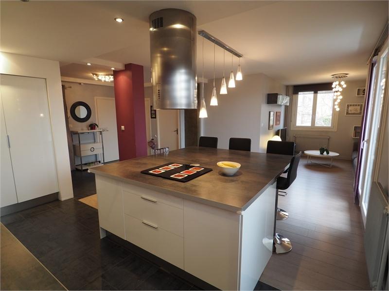 Appartement  66 m² environ  4 pièces Saint-Genis-Laval