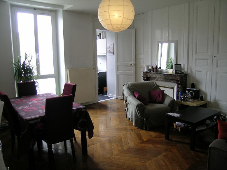 Appartement  70 m² environ  3 pièces Puiseaux