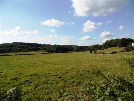 Terrain  1 875 m² environ La Brionne