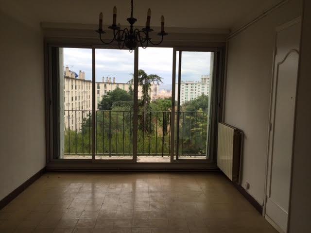 Appartement  56 m² environ  4 pièces Marseille
