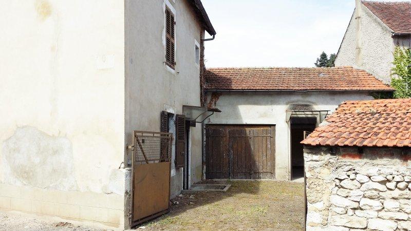 Maison  70 m² environ  5 pièces Ébreuil