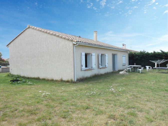 Maison  92 m² environ  4 pièces Mazères