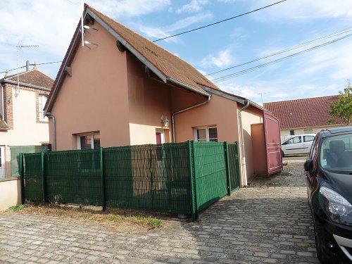 Maison  35 m² environ  1 pièce Bû
