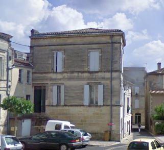 Appartement  70 m² environ  3 pièces Bourg