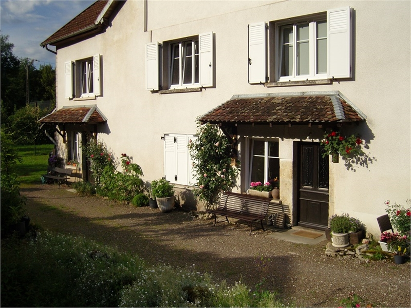 Maison  100 m² environ  7 pièces Pont-les-Moulins