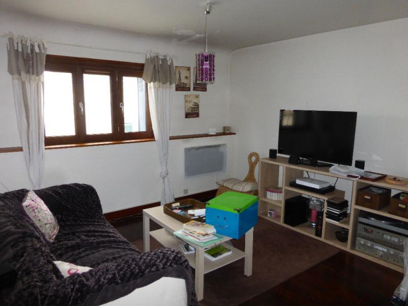 Appartement  71 m² environ  3 pièces Bû