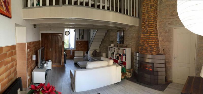 Maison  106 m² environ  5 pièces Échillais
